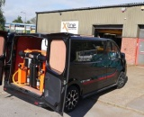 2016 Renault Trafic Sport - 750ltr 2 Man Water Fed Pole System