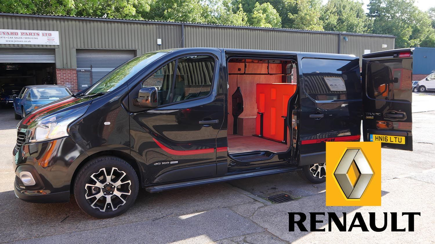 Renault - Window Cleaning Van Systems