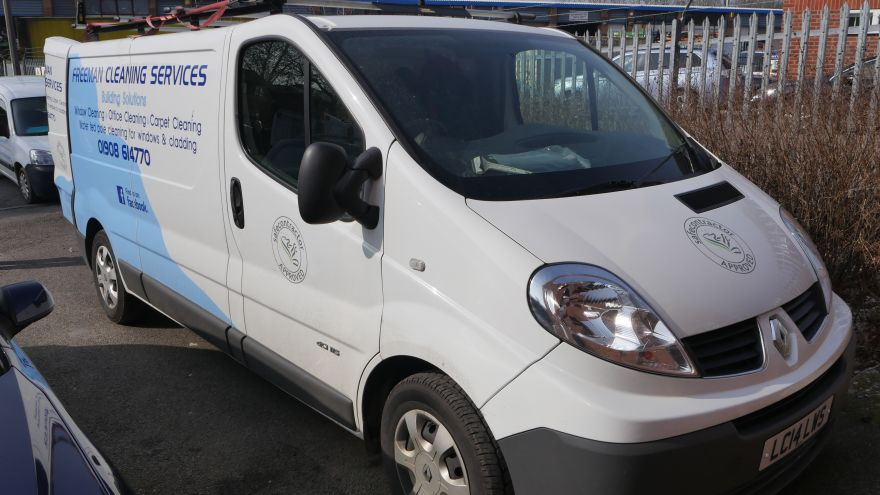 Renault Traffic - 750ltr Diesel Hot Water Window Cleaning Pure Water System